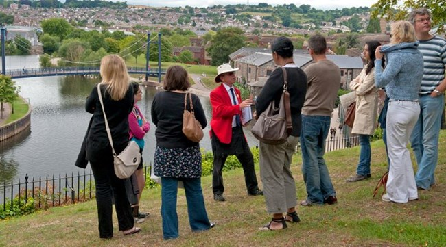 The Exeter Road Coat Tours next to the River Exe