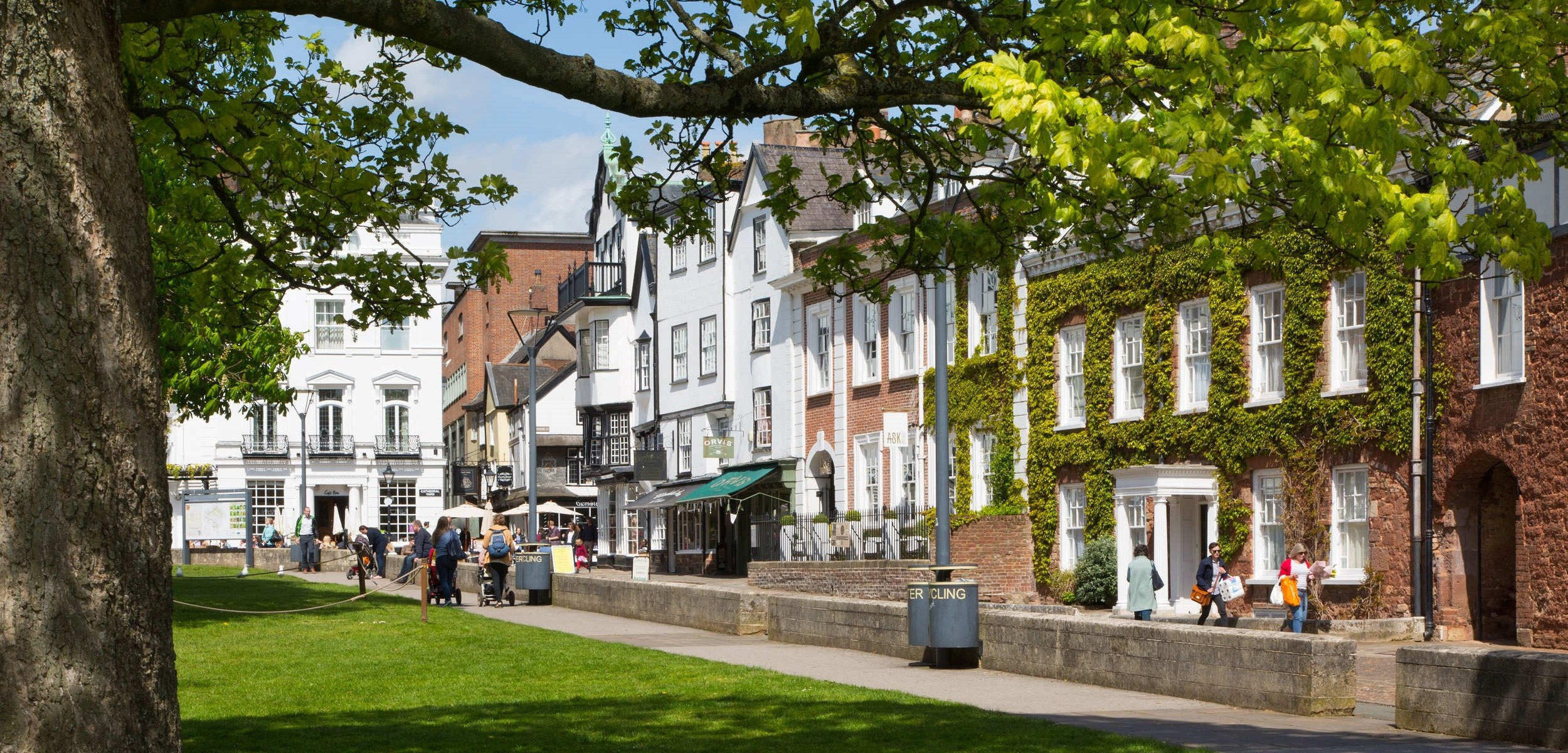 © Exeter City Council - Cathedral green